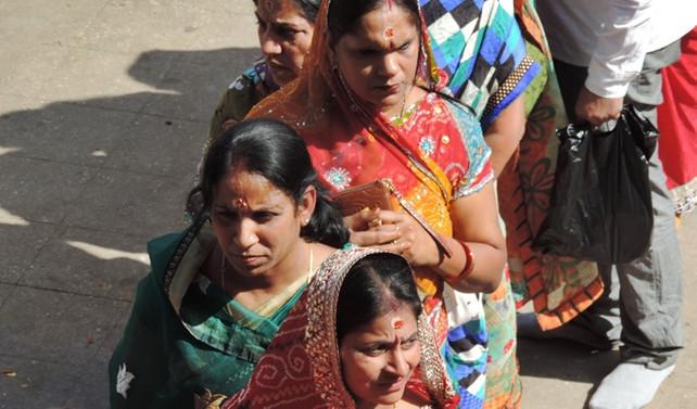 Nepal'de 20 yıl sonra yerel seçim