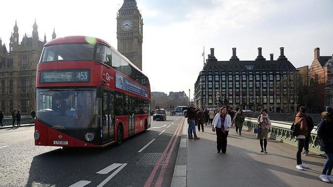 İngiltere'de net göçmen sayısı 248 bine geriledi