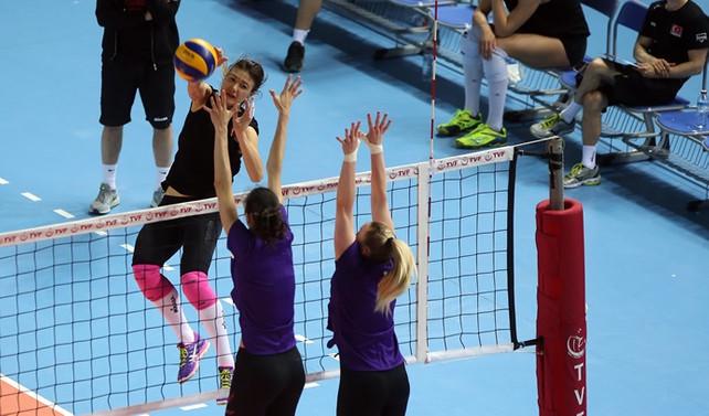 Hazırlık maçında kazanan Türkiye