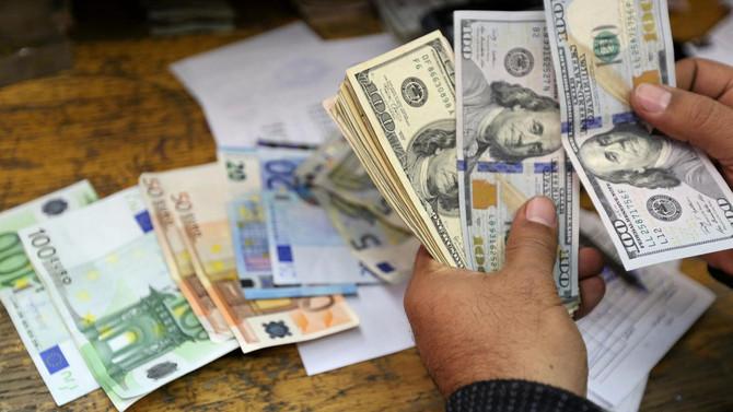 '1 dolar 1 euro olur mu?' 3 aydır rafta