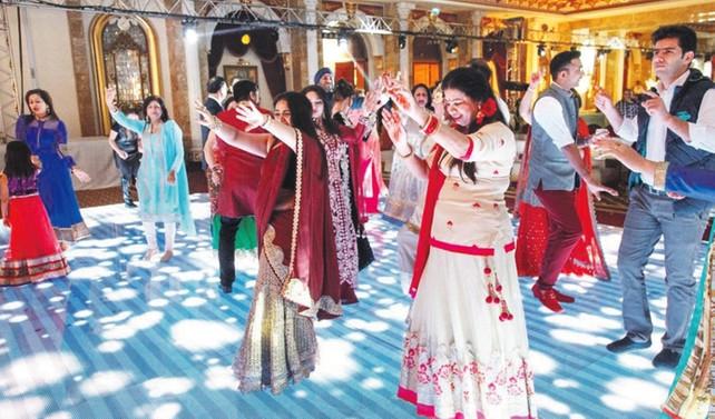 Antalya, Hintliler ve İranlıların gözde düğün destinasyonu oldu