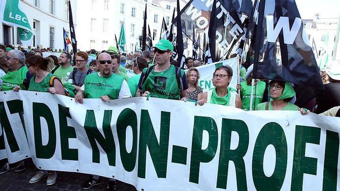 Brüksel'de çalışanlardan hükümete protesto