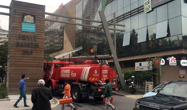 Beşiktaş'taki AVM'de yangın çıktı