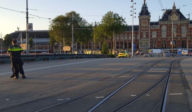 Hollanda'da bir araç yayaları ezdi
