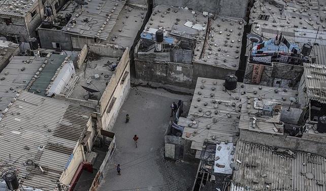 Katar'dan Gazze'de evlerin onarılmasına mali destek