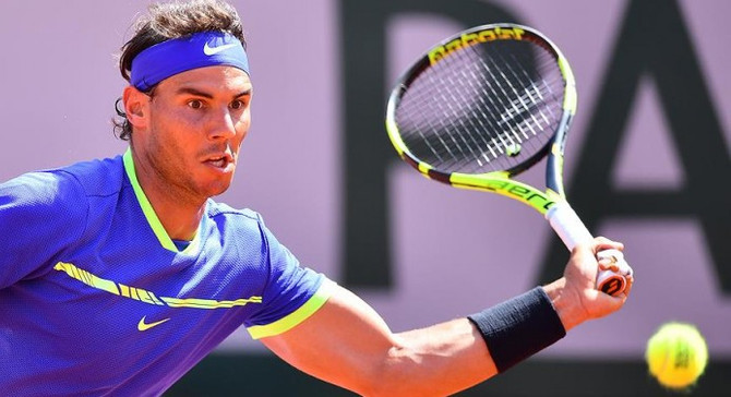 Nadal, Queen's Club'dan çekildi