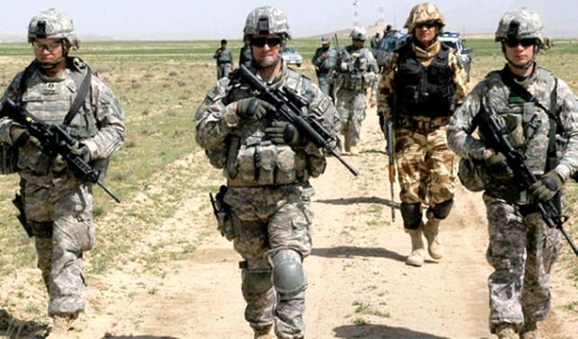 Afgan asker, 7 ABD askerini yaraladı
