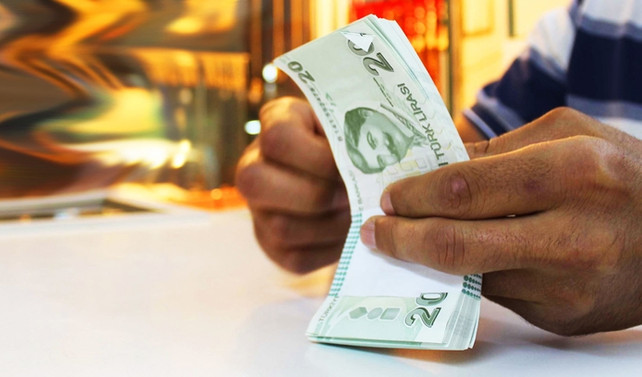 TL, dolara karşı kendi bölgesindeki en ucuz para
