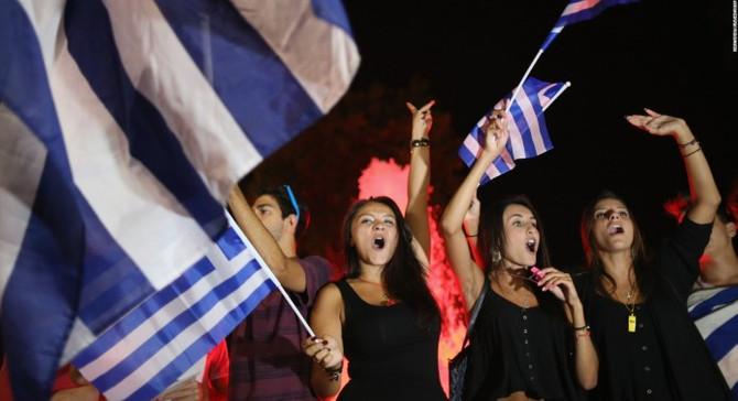 Yunanistan ilk çeyrekte kısmi büyüdü