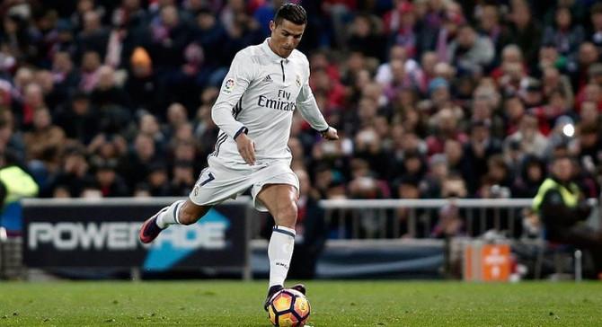 Ronaldo'ya 1 milyar euroluk engel