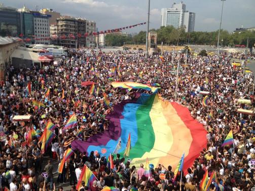 LGBTİ yürüyüşüne izin çıkmadı