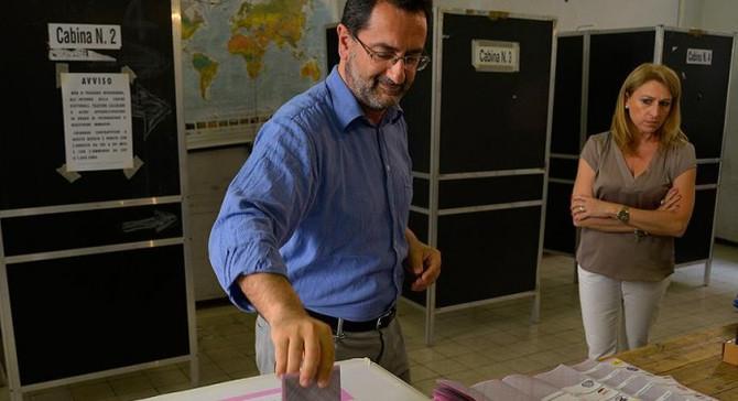 İtalya'da kısmi yerel seçimlerin ikinci turu başladı