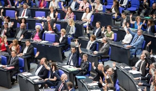 Die Welt: MİT, Alman vekilleri izliyor