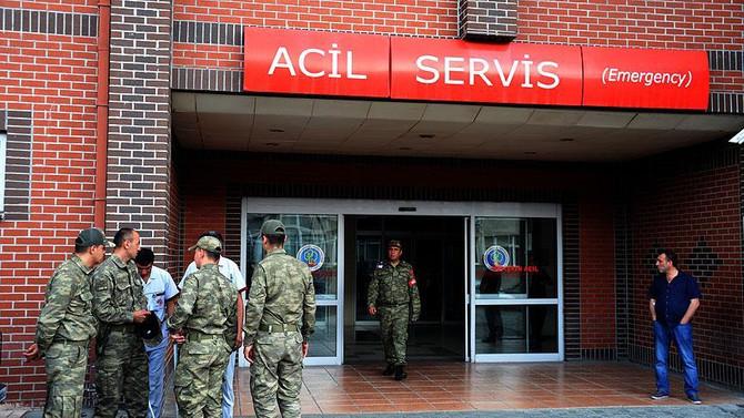 Askeri birliğe yıldırım düştü: 5 asker yaralandı