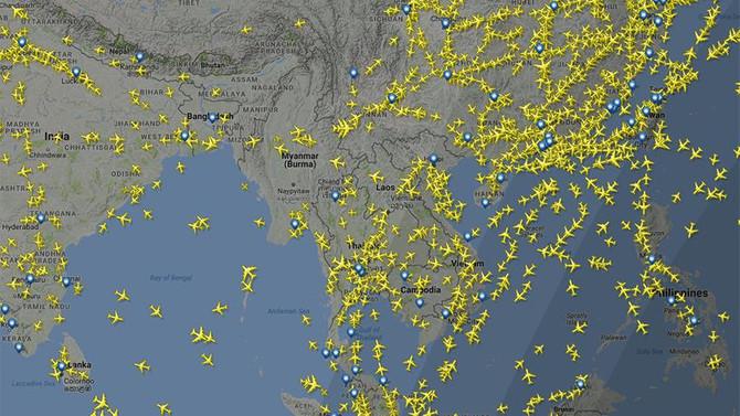 Myanmar'da askeri uçak düştü