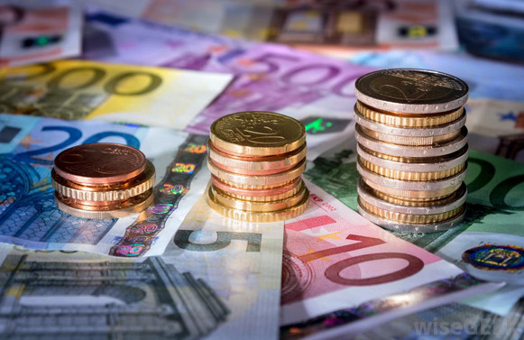 Hazine eurobond ihracı ile 1 milyar euro borçlandı