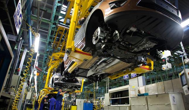 Otomobil ihracatı yüzde 77 arttı, pazar daraldı