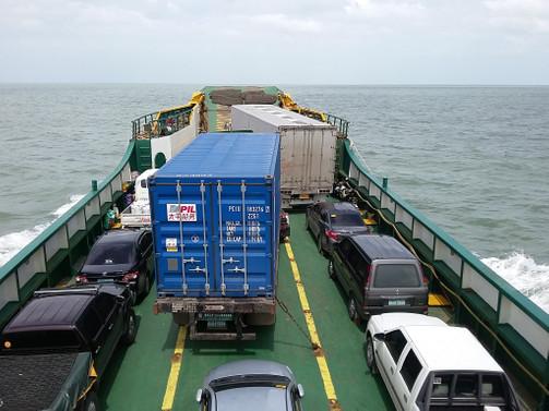 RO-RO'lar 5 ayda 193 bin araç taşıdı