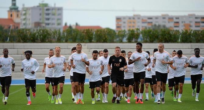 Galatasaray'ın Slovakya kampı başladı