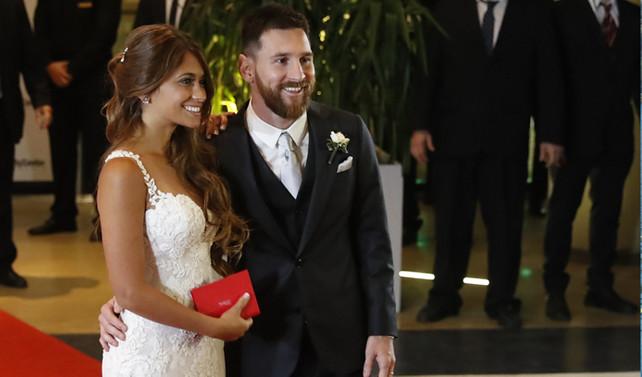 Lionel Messi, Antonella Roccuzzo ile evlendi
