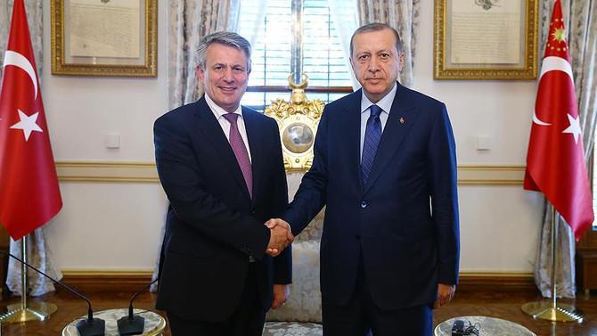 Erdoğan, Shell Dünya Başkanı Beurden'ı kabul etti