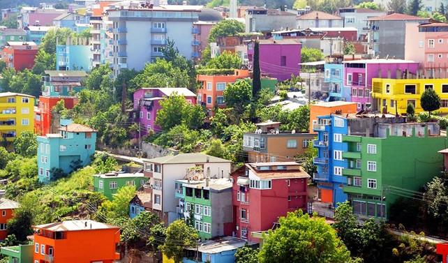 Samsun'da evler olimpiyat renklerine boyandı