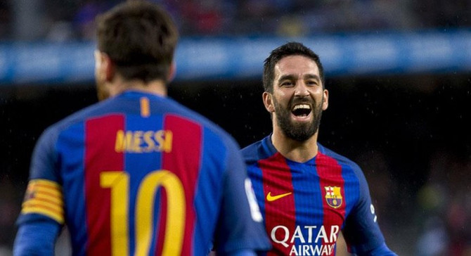 Arda Barcelona'da mutlu