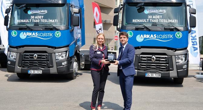 Arkas'ın araçları Renault Trucks'tan