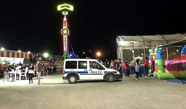 Lunaparkta eğlence treni devrildi: 1 ölü, 3 yaralı