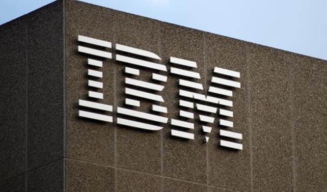 IBM'in ikinci çeyrekte net kârı ve geliri azaldı