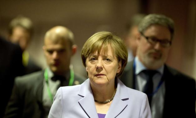 Merkel'den Türkiye'ye sert tepki