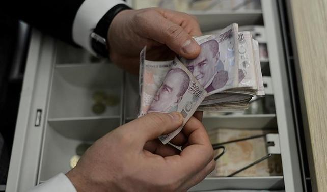 'Türkiye'nin bütçe açığı artacak'