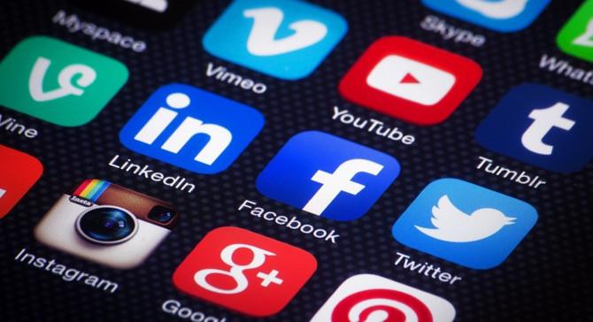 Sosyal medya gençleri kaygılı bireyler haline getiriyor