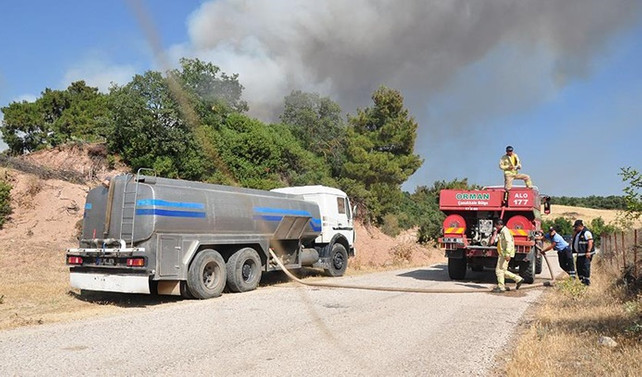 Çanakkale'de iki ayrı bölgede orman yangını
