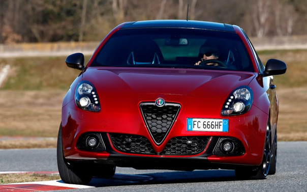 Alfa Romeo'dan 10 bin TL takas desteği