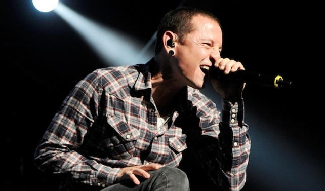 Linkin Park solisti Chester Bennington öldü