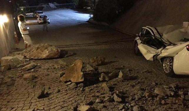 Deprem Yunanistan'da iki can aldı