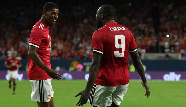 Manchester United, City'yi 2-0'la geçti