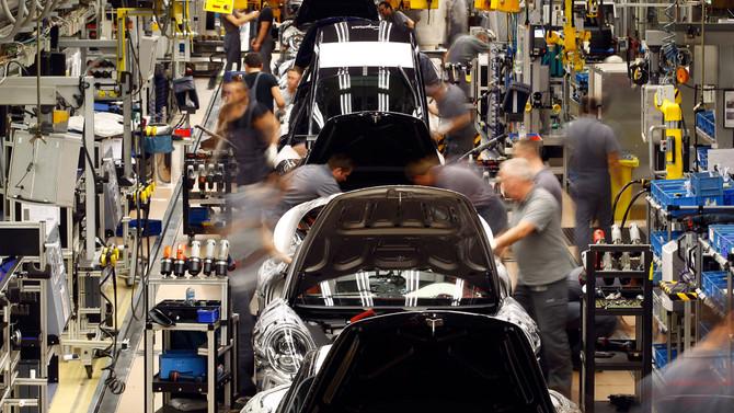 Alman otomotivinin başı 'emisyon' skandalı ile dertte