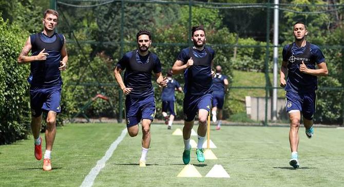 Fenerbahçe Sturm Graz maçına hazırlanıyor