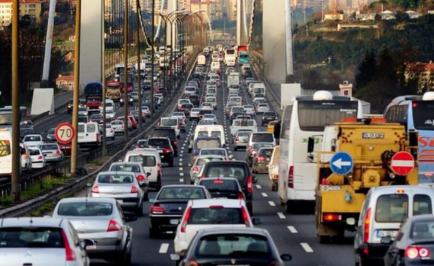 Uzun süre araç kullanmak IQ seviyesini düşürüyor