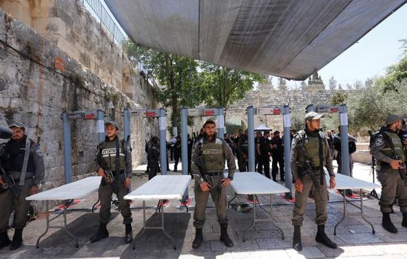 İsrail, El Aksa'da gözetim sistemi kuracak