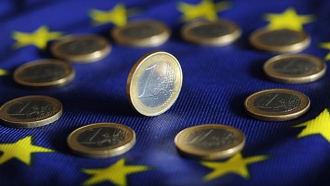 Euro Bölgesinde büyüme 3. çeyrekte yavaşlayabilir