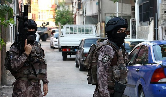 DEAŞ operasyonunda 12 kişi tutuklandı