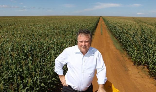 Brezilya'da tarım işçileri, bakanın çiftliğini işgal etti