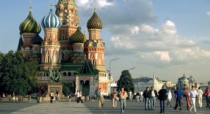 Rus ekonomisi ilk yarıda büyüdü