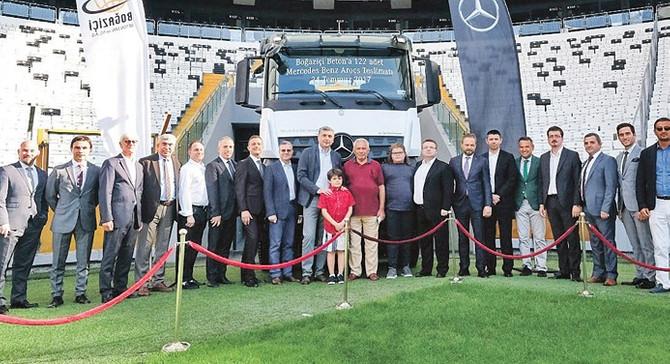 Mercedes'ten Boğaziçi Betona 122 Arocs