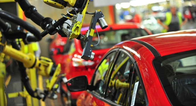 İngiliz otomotiv sektörü Brexit kıskacında