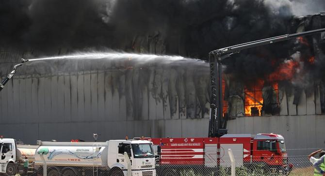 Gaziantep'teki fabrikada çıkan yangın kontrol altına alındı