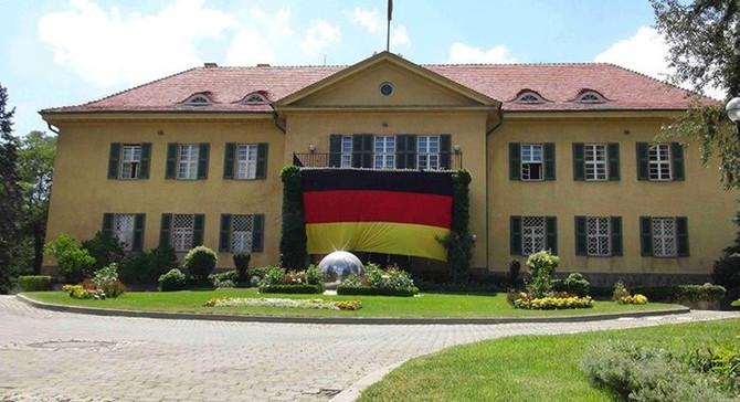 Almanya Büyükelçiliği'ne icra takibi başlatıldı